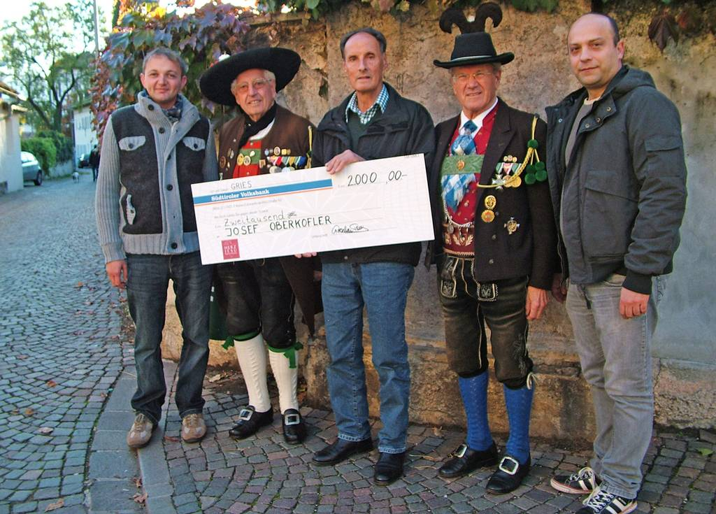 2015-10-31-Spende-Josef-Oberkofler_d7e747a920